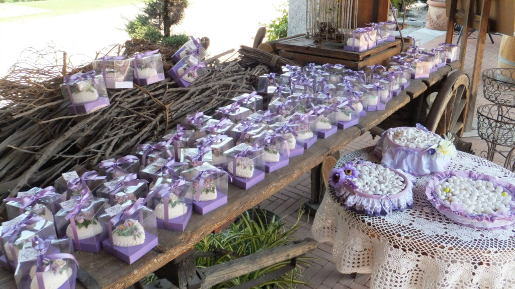 Bomboniere fiori di zucchero 35