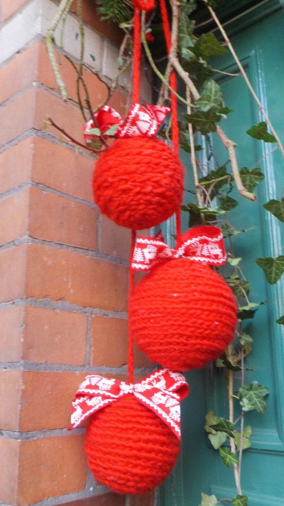 Decorazione natalizia della porta d'ingresso 6