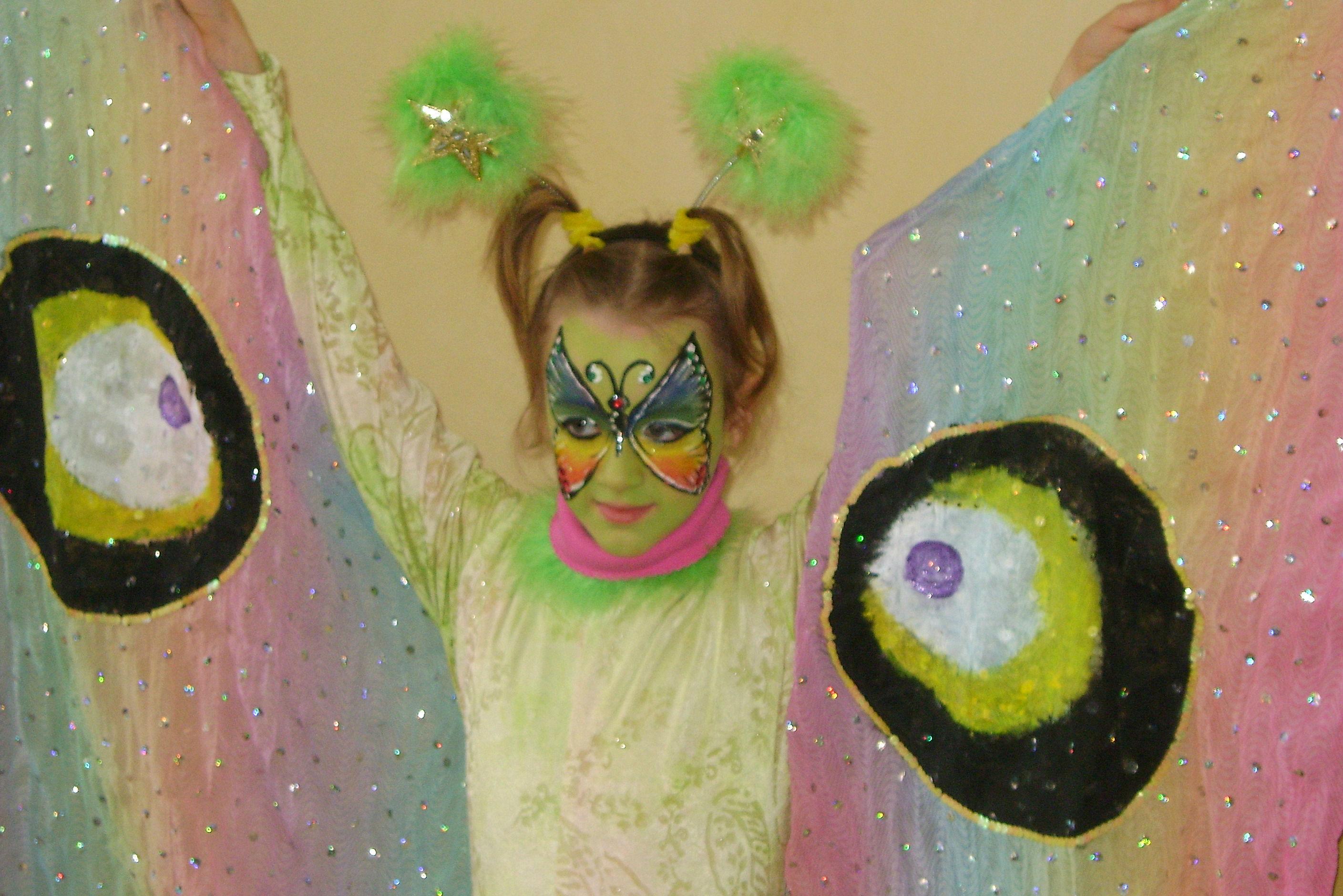 Makeup e vestito farfalla