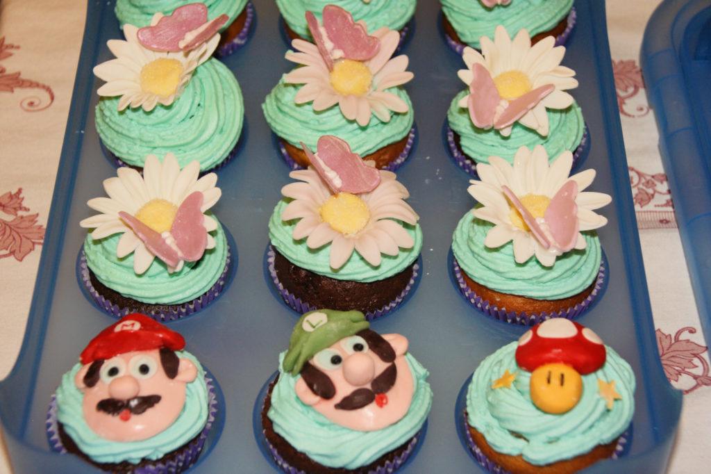 """Muffin """"Mario"""", fiori e funghi 2"""