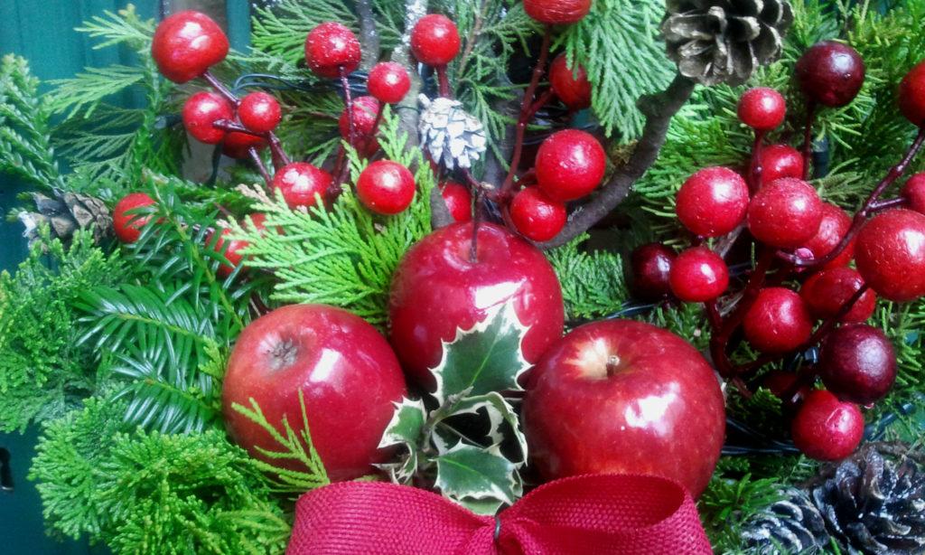 Decorazione natalizia della porta di casa 4