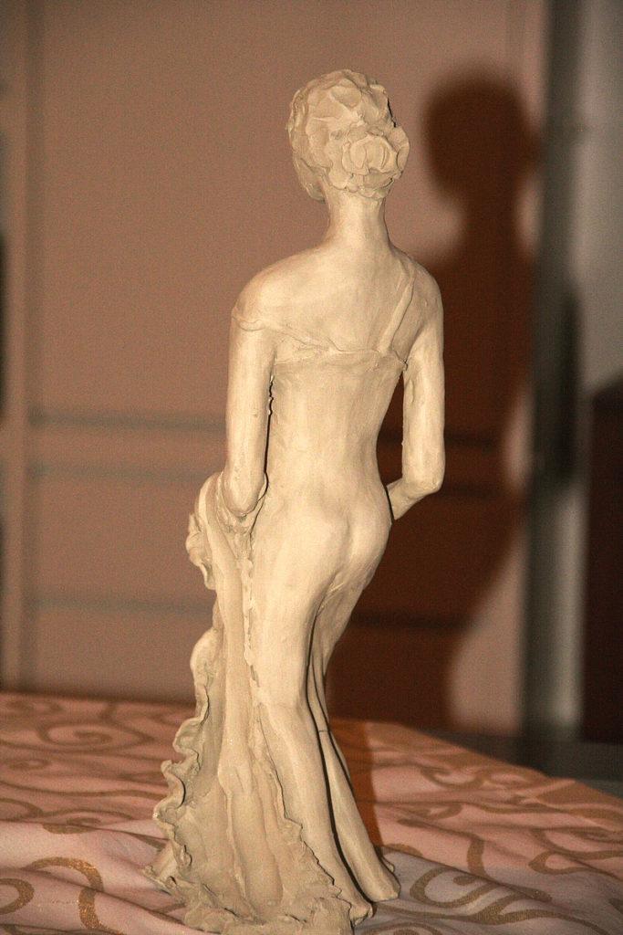 Figura femminile 3