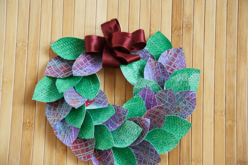 Mercatino della scuola decorazioni natalizie in materiale riciclato 03
