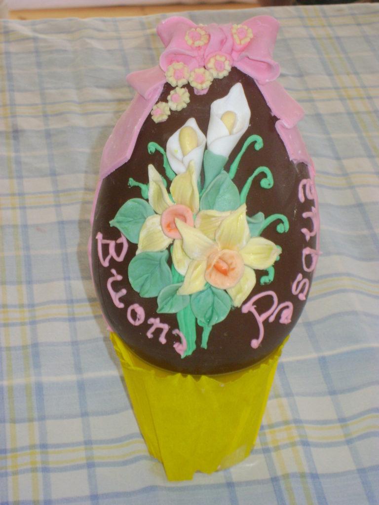 Uova di cioccolato decorate 1