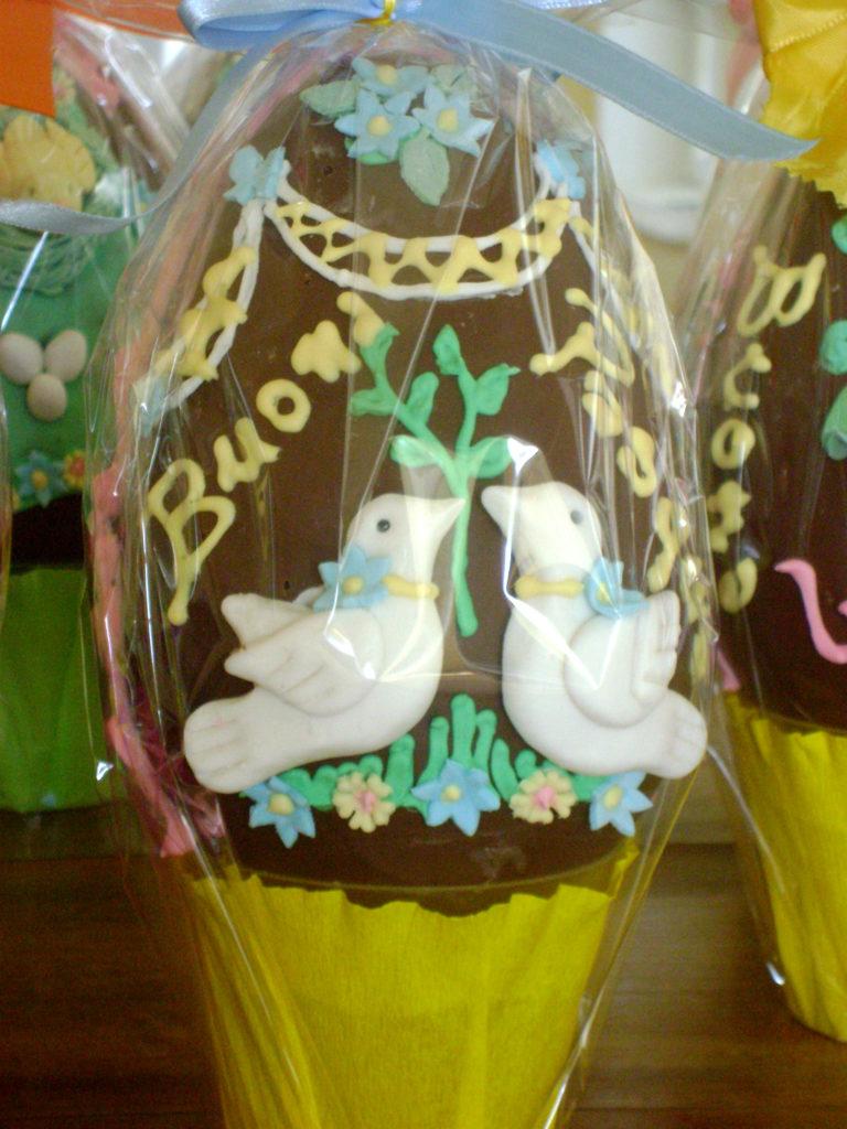 Uova di cioccolato decorate 4