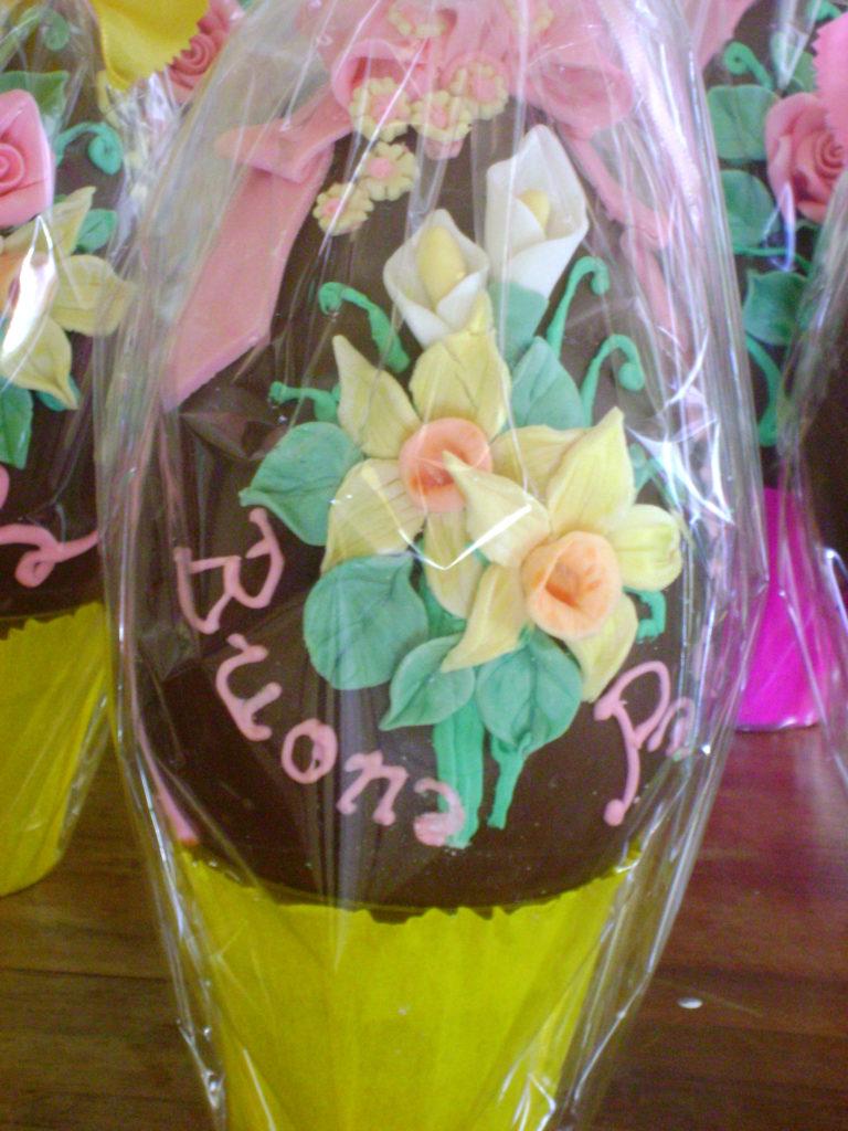 Uova di cioccolato decorate 5