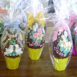 Uova di cioccolato decorate 9